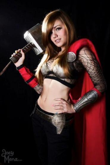 CosplayWeLoveLadyThor
